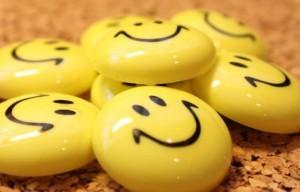 Медитацията, достатъчно сън, смях, време с домашните любимци (както и с обични и щастливи хора) помагат.