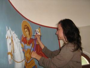 Надя изписва любимия си светец Георги