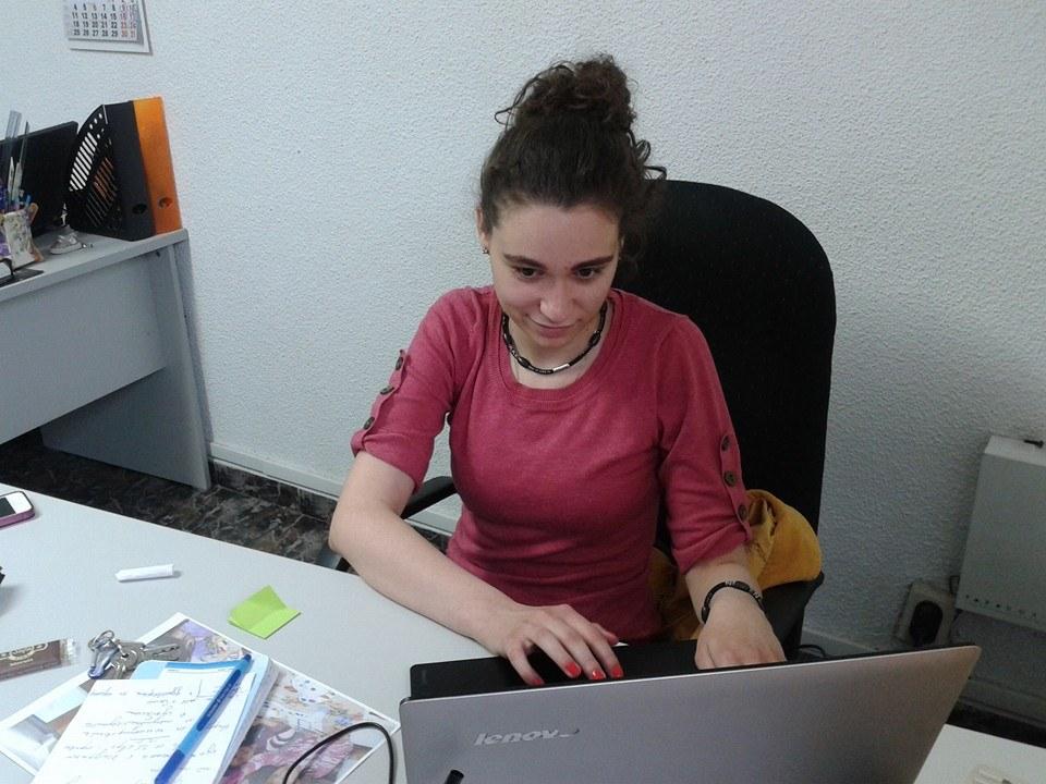 Деница на работното си място в Каритас