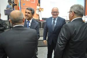 Специална програма, която да дава целеви помощи на хора с увреждания и тежки заболявания в Европейския съюз, предложи да се създаде русенецът Деан Господинов.