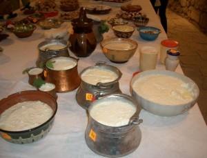 Традиционният панаир на киселото мляко в Разград започна днес и ще продължи до 24 юли.