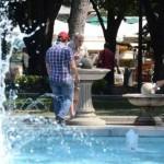 Раздаваха вода в най-адската жега в Русе