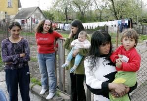5500 са малолетните и непълнолетни майки в България.