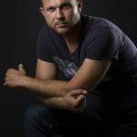 Ненчо Балабанов влиза в образа на Фейс Бойко пред публиката на Русе