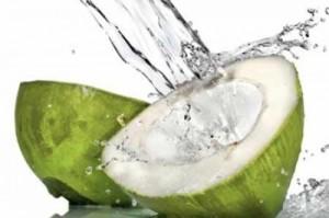 Кокосовата вода не е панацея, но има много полезни качества
