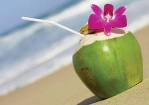 Случайно или не, кокосова вода е предпочитана напитка дори от съвременните поп и рок звезди, които залагат на здравословния начин на живот.