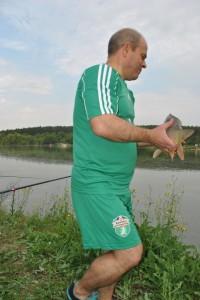 Щастлив съм, когато видя риболовец, който хване голяма риба и я пусне. Същото е и с лова, казва Стоилов