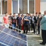 Ученици наблюдаваха как се измерва нивото на слънчевата радиация в Европейската нощ на учените