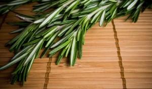 Сигурно не ви е известно, че ароматът на розмарин е полезен за здравето и подобрява паметта между 60 и 75 процента.