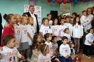 Две български семейства ще получат безплатни инвитро процедури.