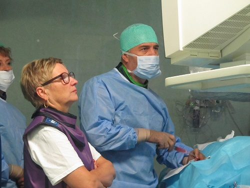 """Емболизация на пациент с чернодроби метастази бе направена през уикенда в Многопрофилна болница за активно лечение """"Медика – Русе"""""""