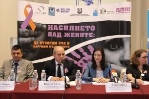 """Кметът Пламен Стоилов подкрепи Националната кампания """"Насилието над жените: Да отворим очи и нарушим мълчанието!"""""""