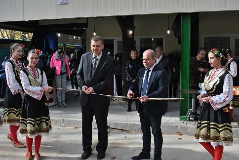 Photo of 20 нови магазина откриха на Централен пазар в Русе