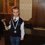Дядо Коледа донесъл първия шах на 8-годишна шампионка