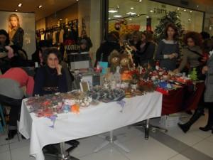 Коледен базар с благотворителна цел в МОЛ-а