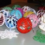 Благотворителен коледен базар с ръчно изработени сувенири в Русе