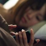 Как социалните медии вредят на съня