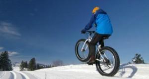 Как се кара велосипед по снега с 223 километра в час?