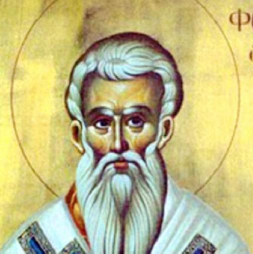 Photo of Днес почитаме Свети Фотий, покровител на всички с имена на светлина