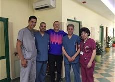 Пламен Нунев с екипа на пловдивската болница