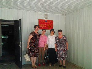 Галя Бисет и колегите й по време на посещението в Киргистан