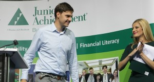 Деца и младежи се учат да спестяват умно