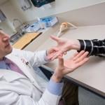 Изтръпване на ръцете – от неудобна поза до неприятни заболявания