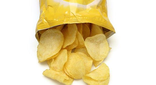 Photo of Науката обяснява защо не можем да спрем да ядем чипс
