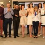 25 русенски абитуриенти с рокли и костюми от Жени ГЕРБ