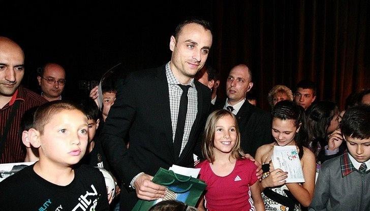 Photo of Фондацията на Димитър Бербатов отличава успелите деца на България