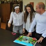Торта с ноти за талантливите сестри Мирела и Пресияна от Русе