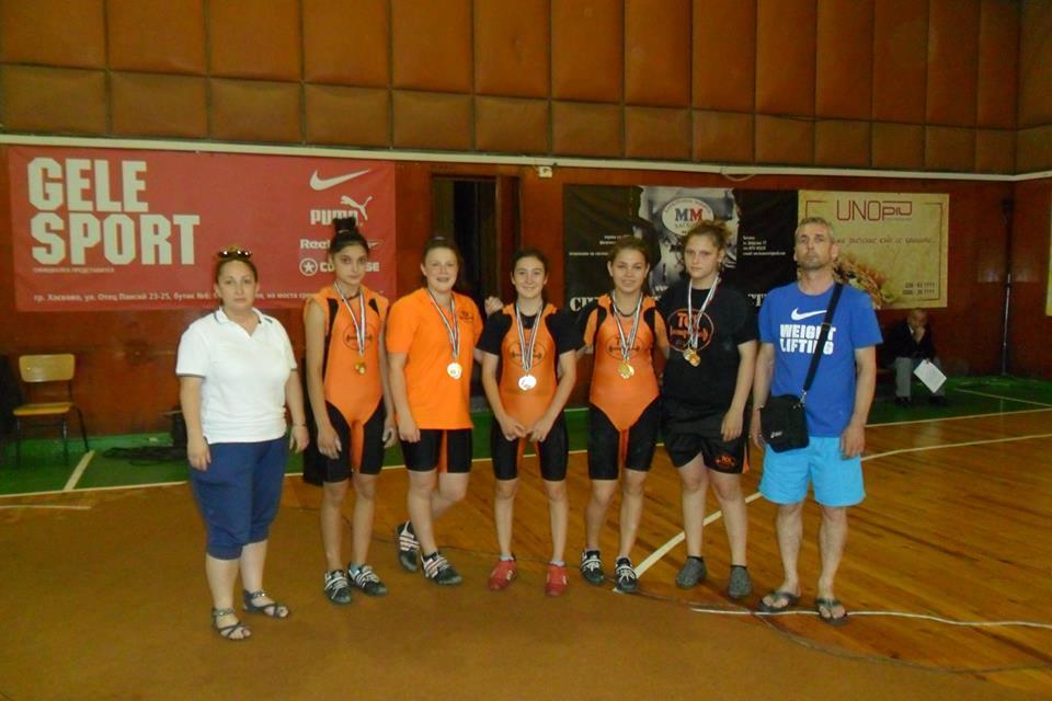 Photo of 12 титли за русенските тежкоатлети на Държавното лично първенство в Хасково