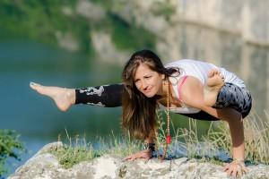 Кристина Христова ще проведе практическо занимание по йога в София.