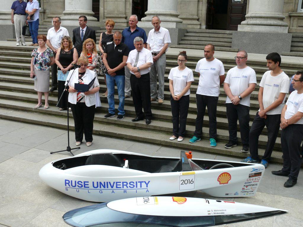 Photo of Жена ще пилотира русенския автомобил на Shell eco-marathon  в Лондон