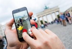 Покемон манията завладя света, Снимки: ЕПА/БГНЕС