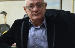 Двама професори по урология и нефрология с консултации в Русе