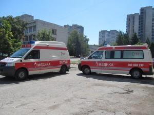Сирените на линейките бяха включени в знак на почит