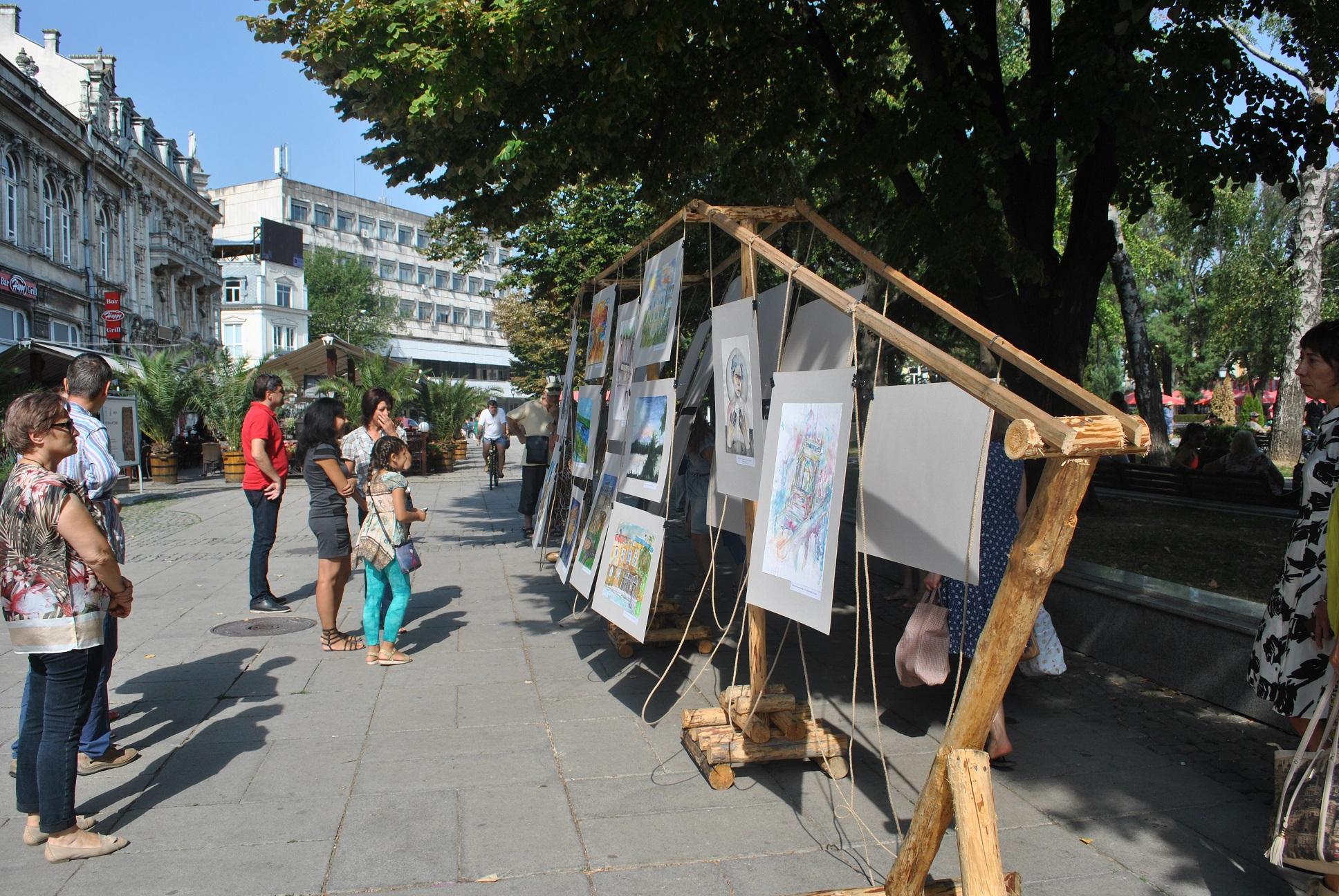 Арт разходка с лодка представиха млади творци в Русе