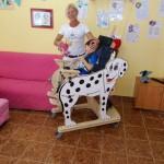 """Вертикализатор """"Далматинец"""" вече е на разположение на децата с увреждания в Розовата къща"""