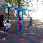 Нова детска площадка радва малките пациенти в двора на УМБАЛ-Русе