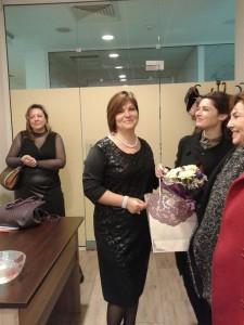 Янка Делева бе поздравена от колеги от социалния комплекс, дошли за откриването на консултативния кабинет