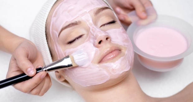Eстествени масла за лице – новият хит в козметиката