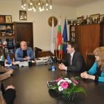 Увеличават заплатите в русенските ясли и социалните институции