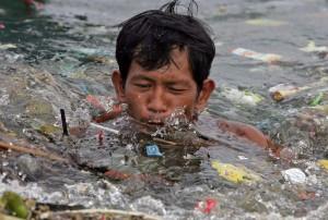 Идеята за нулеви отпадъци доби голяма популярност след като актьорът Джеръми Айрънс застана зад нея.