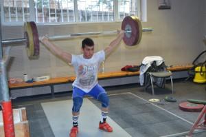 Стилян Гроздев ще се състезава за България на Европейското по щанги