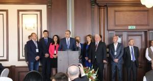 180 политици от 31 държави на молитвена закуска в Пловдив