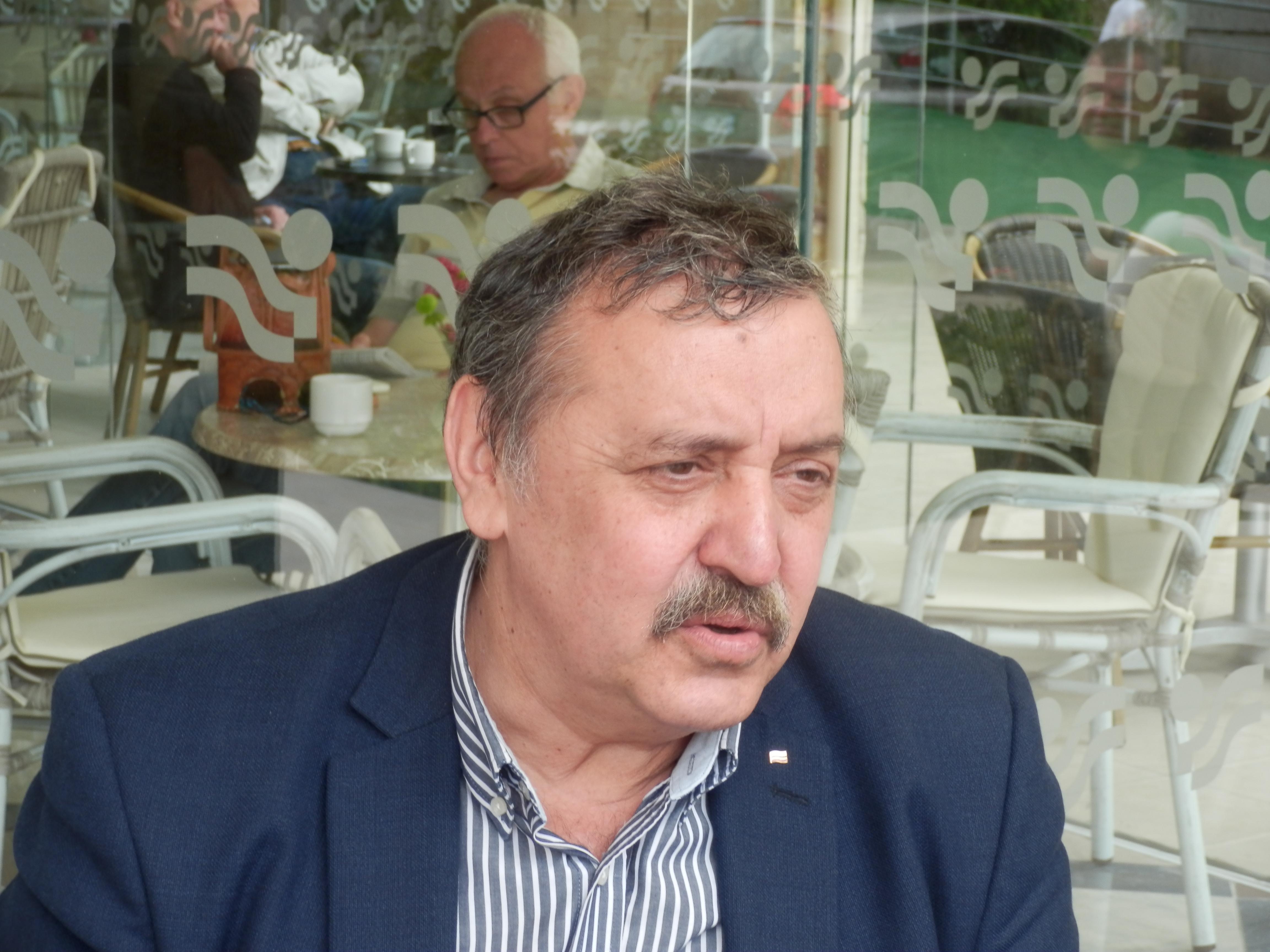 Photo of Проф. д-р Кантарджиев:  Трябва контрол върху ваксинирането с изследване, не с бележки