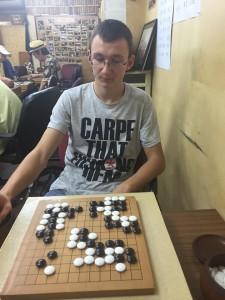 Синан е единственият състезател, който представя България на международни турнири.