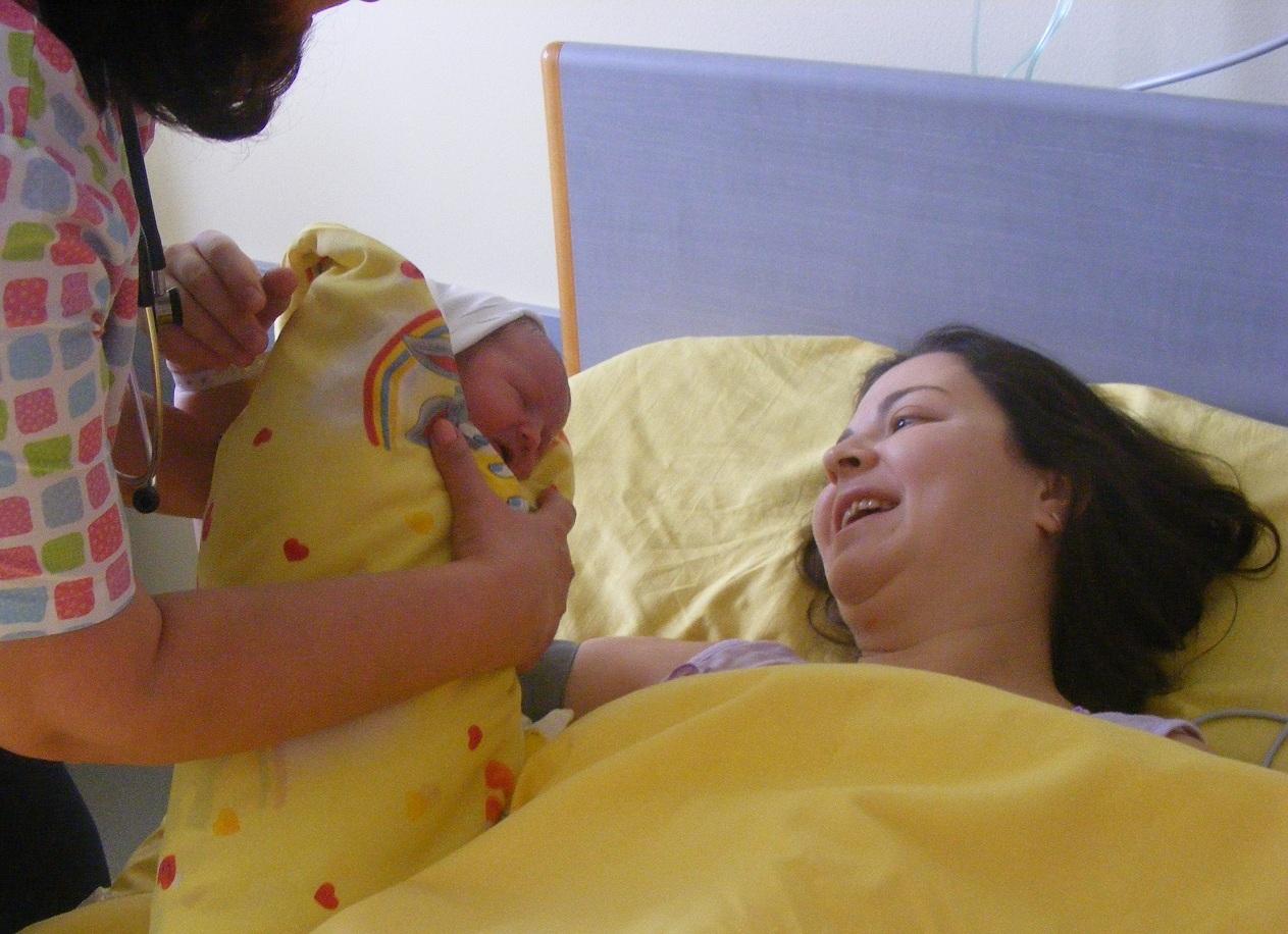 """Photo of УМБАЛ """"Медика – Русе"""" отново отваря врати за бъдещи родители"""