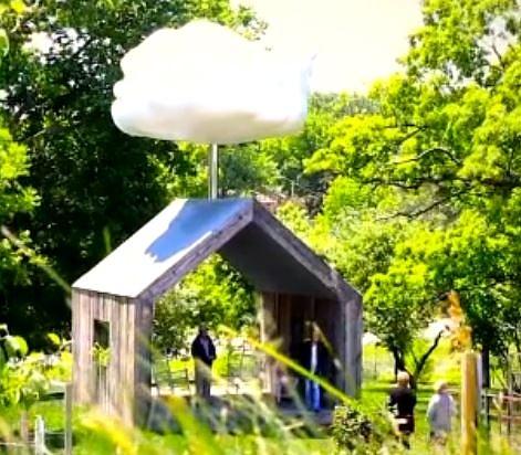 Photo of Американец създаде изкуствен облак в градината си